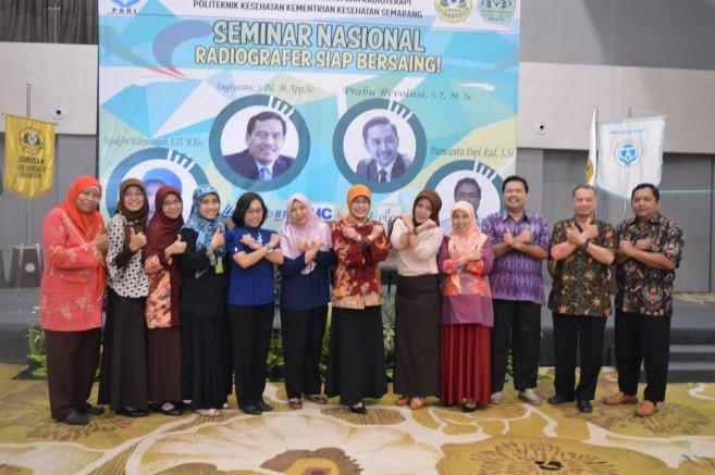 Salam X-Ray dari Ibu Ketua Jurusan dan Peserta Seminar Nasional