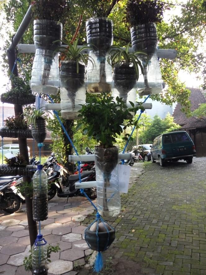 Pemanfaatan Lahan Sempit dengan Vertikal Garden untuk